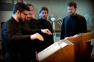 Benedict Sheehan directing the St. Tikhon's Seminary Mission Choir