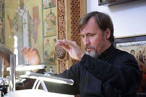 Maestro Vladimir Gorbik directing at the Trinity-St. Sergius Lavra Podvoriye in Moscow