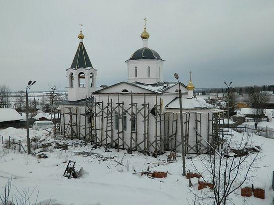 Построенный храм в честь Преображения Господня. 2012 г.
