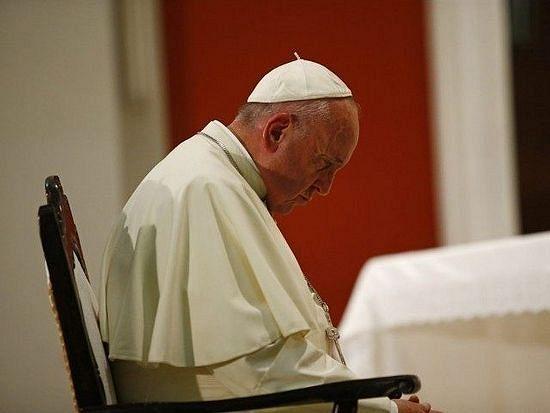 Папа Франциск встретился с Ким Дэвис не для того, чтобы ее поддержать – Ватикан