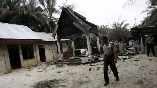 Churches attacked and one man killed in clashes in Aceh, Indonesia on Tuesday.