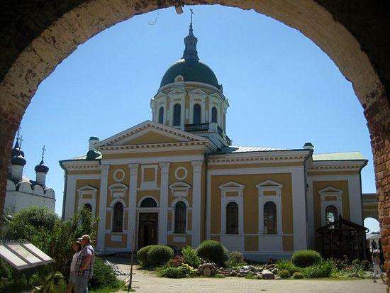 Иоанновский собор, в котором хранится икона Николы Зарайского и стоит гроб матери Достоевского.