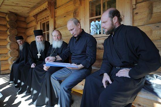 Во время одной из своих поездок на Валаам, с игуменом и братией святой обители