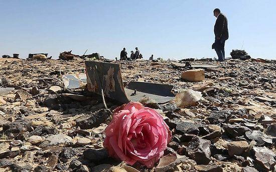 Место падения самолета. Фото: Reuters