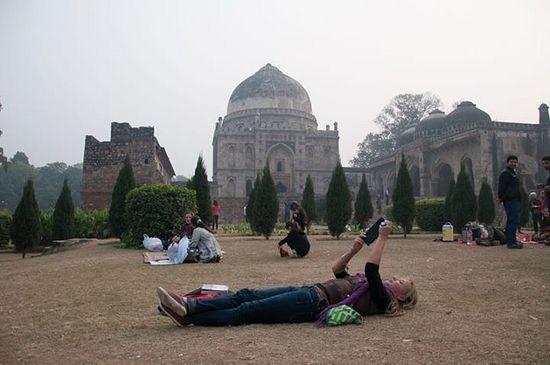 Дели, Lodhi Garden, усыпальницы людей из мусульманской династии Лоди