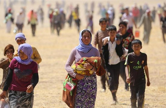 Numbers released by the UN in January estimated the Kurdish Region of Iraq is hosting 900,000 refugees, around 233,000 from Syria and the rest from elsewhere in Iraq. - See more at: http://www.gospelherald.com/articles/59309/20151030/thousands-muslims-northern-iraq-converting-christianity-witnessing-isis-horror-ministry.htm#sthash.wcmU3PwD.dpuf