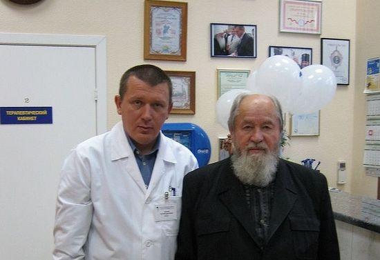 Евгений Лопатин с протоиереем Василием Ермаковым