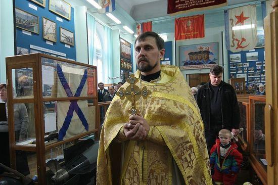 Протоиерей Александр Бондаренко, до священства - капитан 2 ранга