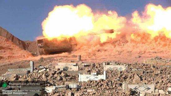 САУ «Гвоздика» ведёт огонь по позициям ИГ к востоку от Квейриса