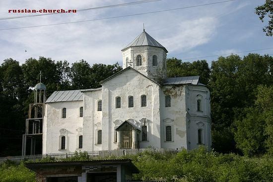 Успенская церковь села Межиричи. Фото: russian-church.ru