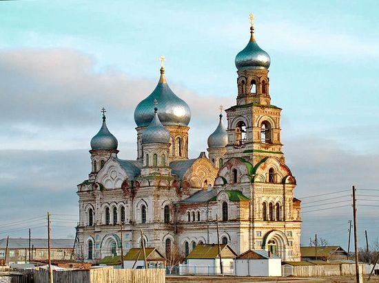 Село Никольское. Храм Рождества Пресвятой Богородицы