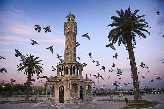 Измир, часовая башня