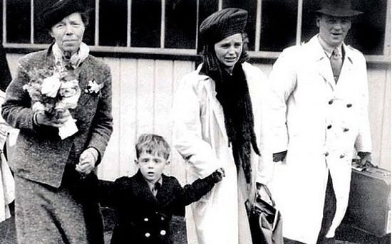 Leonid as a child with Grand Duchess Olga (left) and parents Rut and Guriy Photo: east2west