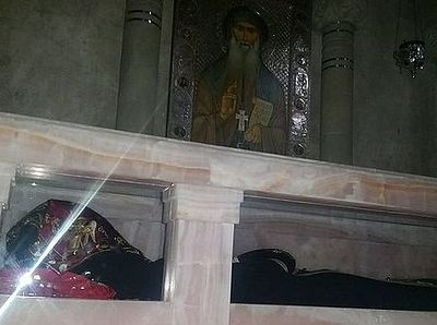 Мощи преподобного Гавриила (Ургебадзе) помещены в новую раку