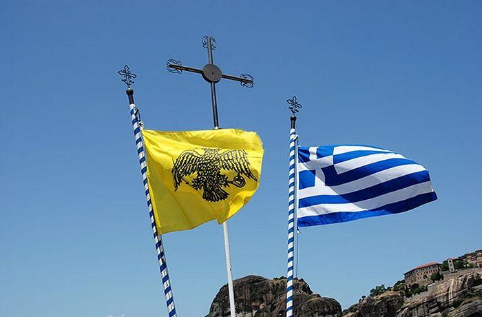 Флаги Элладской Православной Церкви и Греции