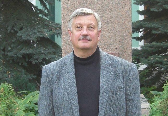 Писатель Александр Сегень