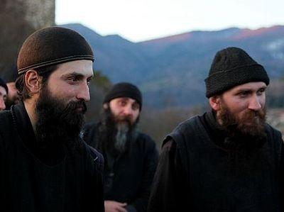 «Среди гор и неба»: голливудский режиссер снял фильм о грузинских монахах