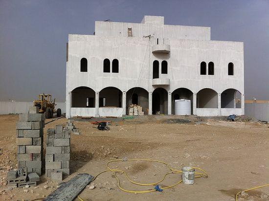 Катар. Изградњ храма у част Светог Исака и Георгија послужила је као повод за раскид односа између Јерусалимског и Антиохијског патријархата
