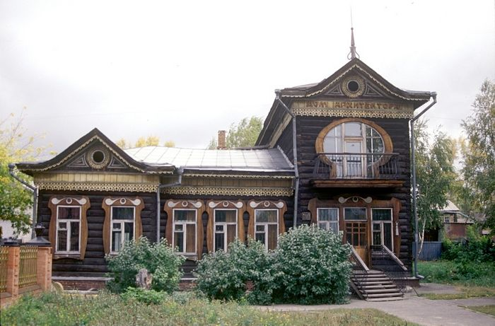 Алтайский край, г. Барнаул, Дом архитектора, 1999 г. Фото: Уильям Брумфилд