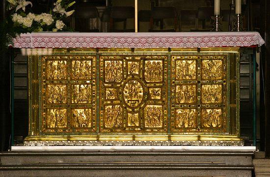 The Golden Altar, 835. Sant'Ambrogio Basilica, Milan. © Holly Hayes