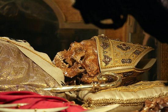 Skeleton of Bishop Ambrose (d. 397) on display in the crypt of Sant'Ambrogio Basilica, Milan. © Holly Hayes