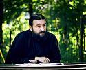 Протојереј Андреј Ткачов: Свештеника људи гледају кроз лупу