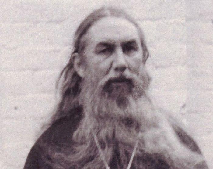 Отец Серафим (Шустов)