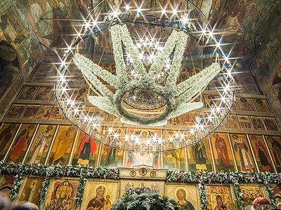 Сретенский монастырь: украшение храма
