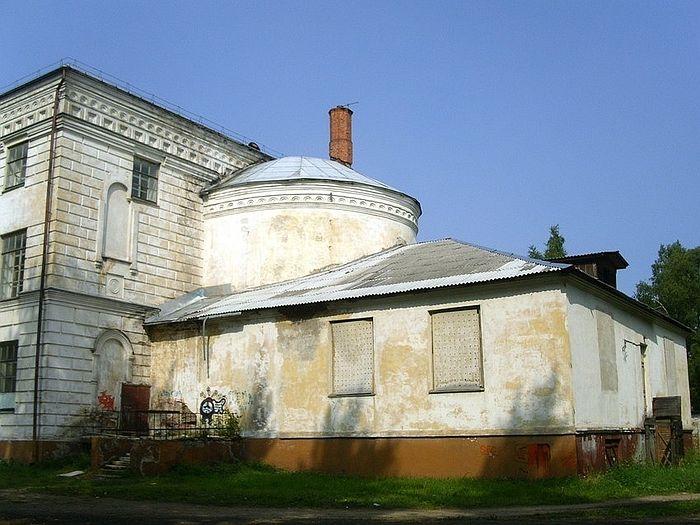 Вельск. Собор Спаса Преображения. Ныне в здании располагается городской культурный центр