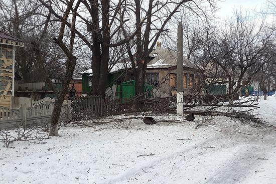 Посёлок Стальсбыт после обстрела