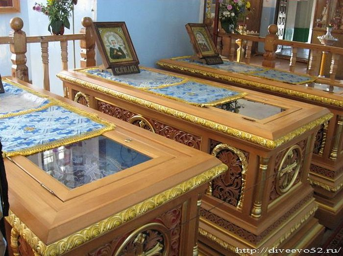 The holy relics of the Martyrs of Puzo rest in the shrines of the Dormition Church, Suvorovo