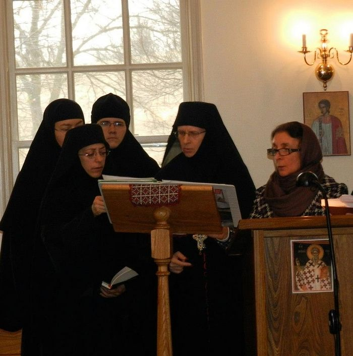 Монастырские послушания. Клирос