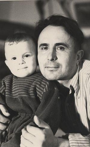 Митрофан с младшим сыном незадолго до гибели