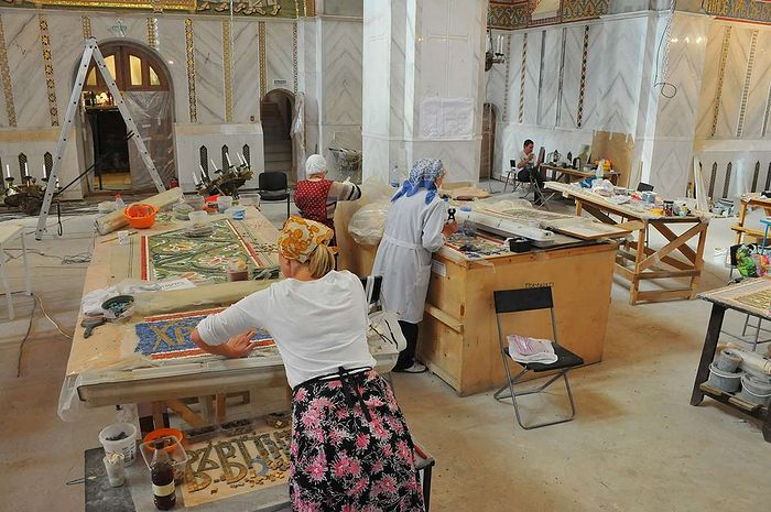 The mosaicists at work.