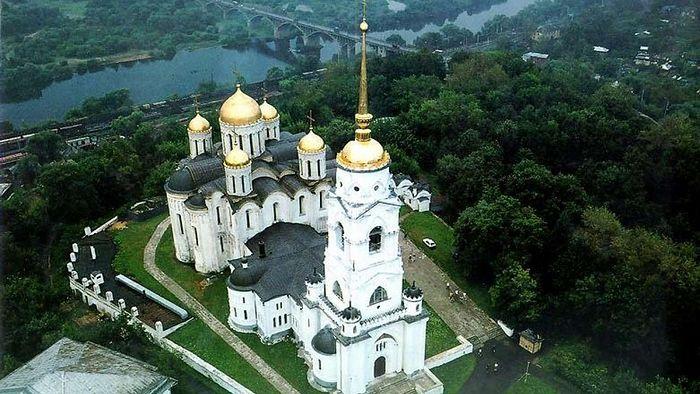Владимир. Успенский собор с высоты птичьего полета