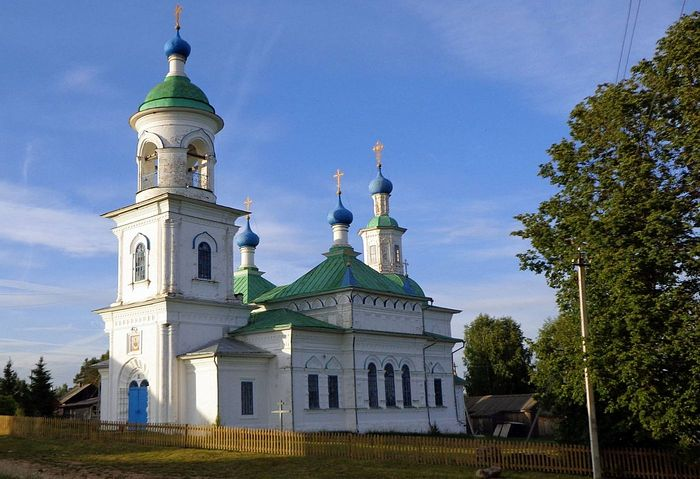 Покровский храм в Усть-Печеньге