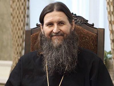 «Может ли мирянин творить молитву Иисусову? И может, и должен!» (+ВИДЕО)
