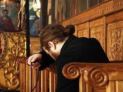 Владика Данило: Да ли мирјанин може да твори Исусову молитву? И може и треба!