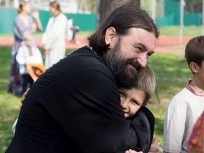 Травля отца Андрея Ткачёва