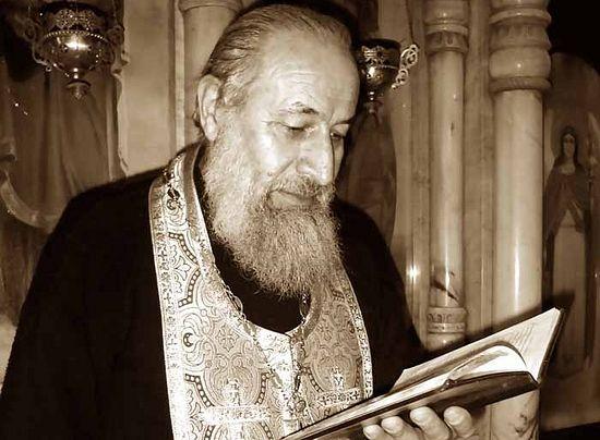 Духовник монастыря о.Лазарь