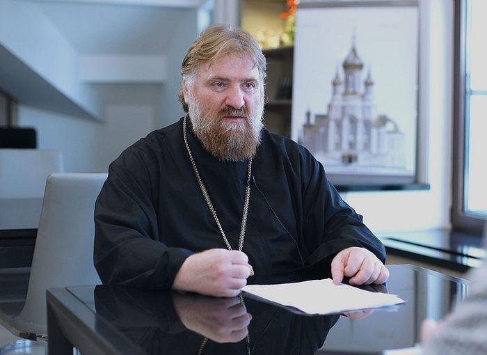 Archpriest Dimitry Kioroglo.