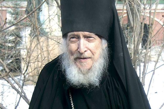 Отец Валентин (Гуревич) в Донском монастыре