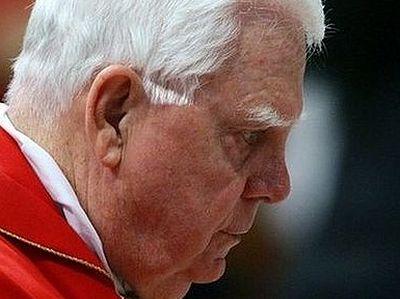 Епископы не обязаны докладывать о случаях насилия клириками над детьми, считают в Ватикане