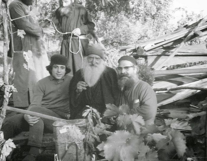������ ����� (� ������) ��������� ������� �� �������� ��������. ���. ������ - �� ������ �����, ������� ���� �� �����, ����� ���������� �� ������). 1966