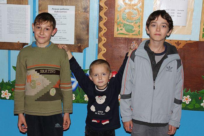 Мальчишки-беженцы из Украины