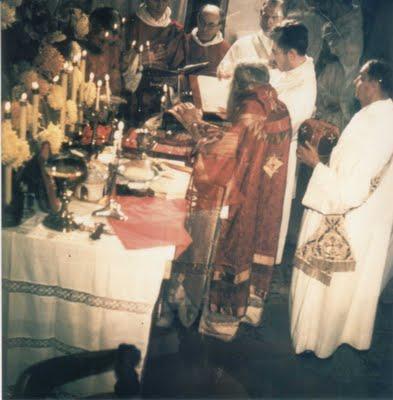 Saint John (Maximovitch) of Shanghai celebrating the Western Rite with Western Rite Orthodox in Paris.
