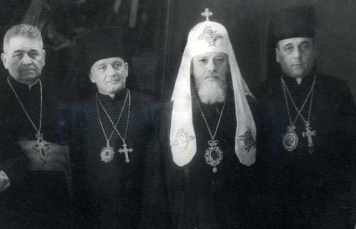 Делегация Львовского Собора с Патриархом Алексием I