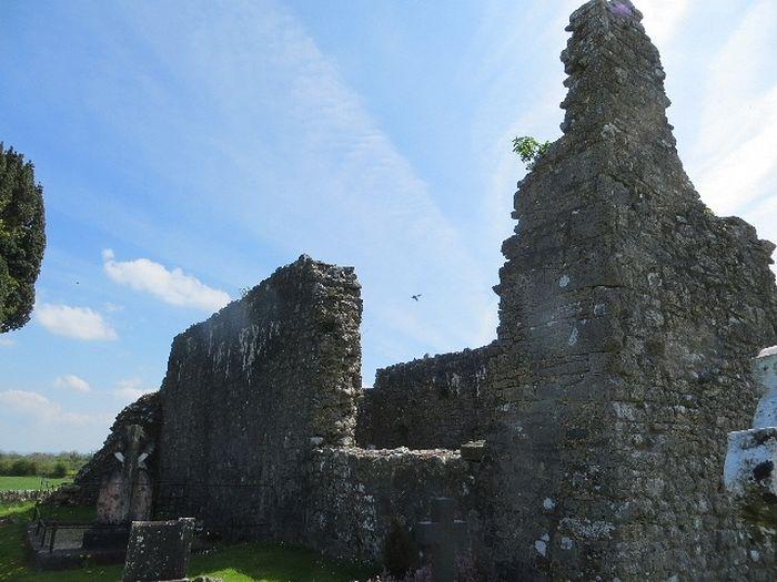 Руины церкви св. Киерана в Эррилле