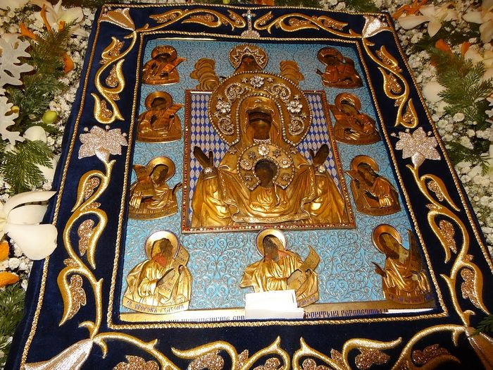 The Kursk-Root icon of the Most Holy Theotokos