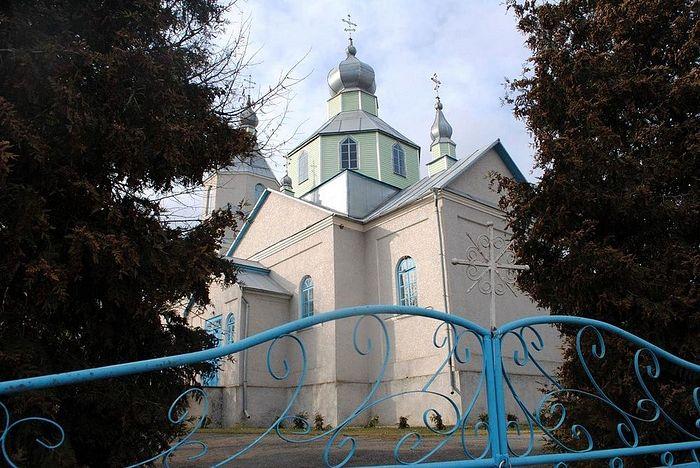 Храм св. праведной Анны в Кутах